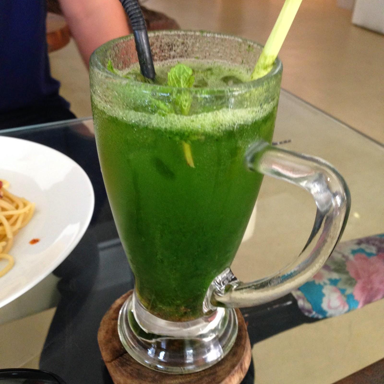 Cafe Studio drinks