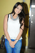 Nikita Narayan latest stills-thumbnail-8