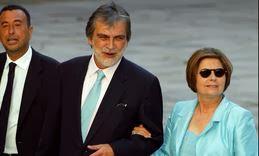 Tina Sáinz, con José Luis Garci y Luis Mariñas, en la boda de la hija de Aznar