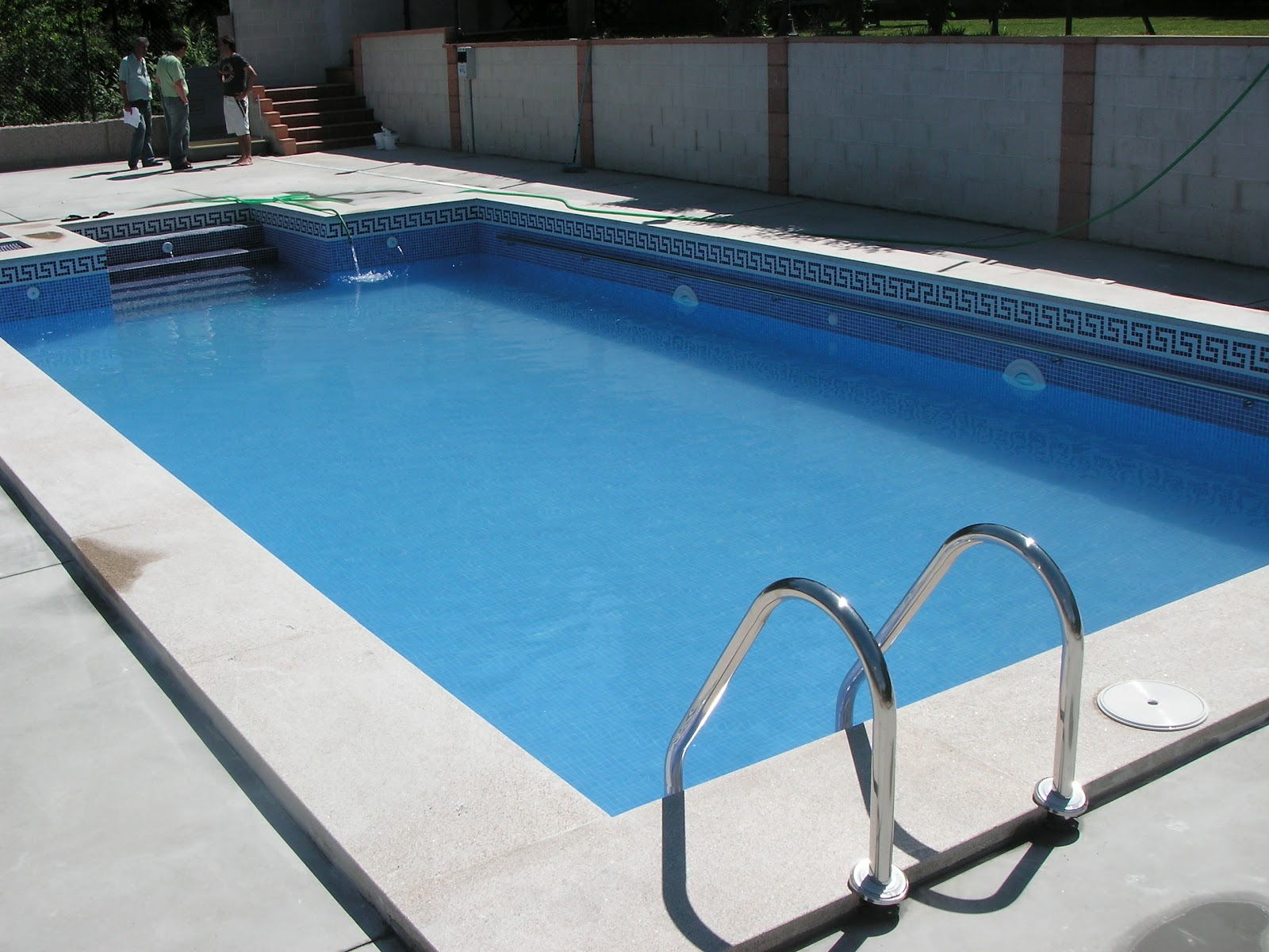 Construcciones pablo p rez alonso s l piscinas for Medidas de piscinas de obra