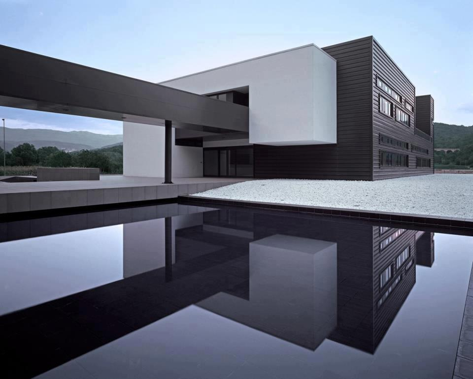 Arquitectura moderna en el mundo for Arquitectura minimalista concepto