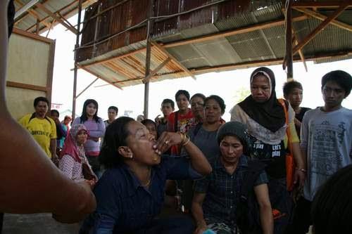 Habis Rebutan Lapak, Pedagang Pasar Rawa Indah Kesurupan