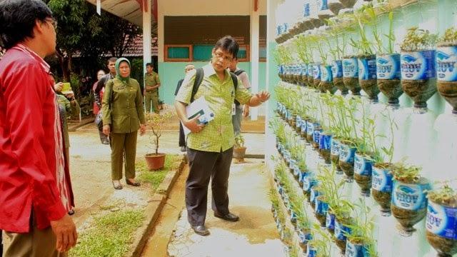 SMP 17 Kendari Optimis Raih Adiwiyata Mandiri