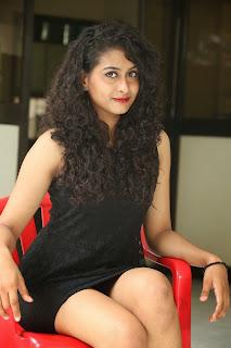 Nitya glamorous Pictures 023.jpg