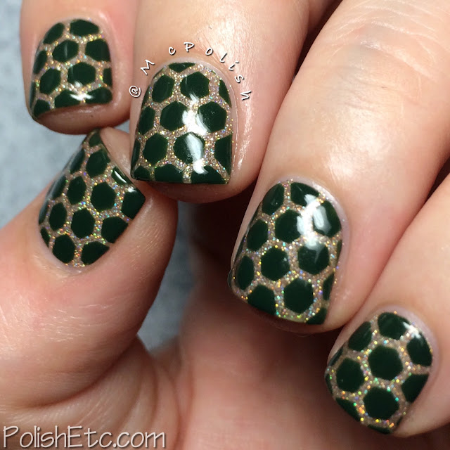 Day 4: Green Nails for the #31dc2015 by McPolish - Digital Nails and Zoya