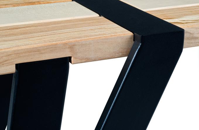 Ilia estudio interiorismo: madera y hierro, un diseño de mesa con ...