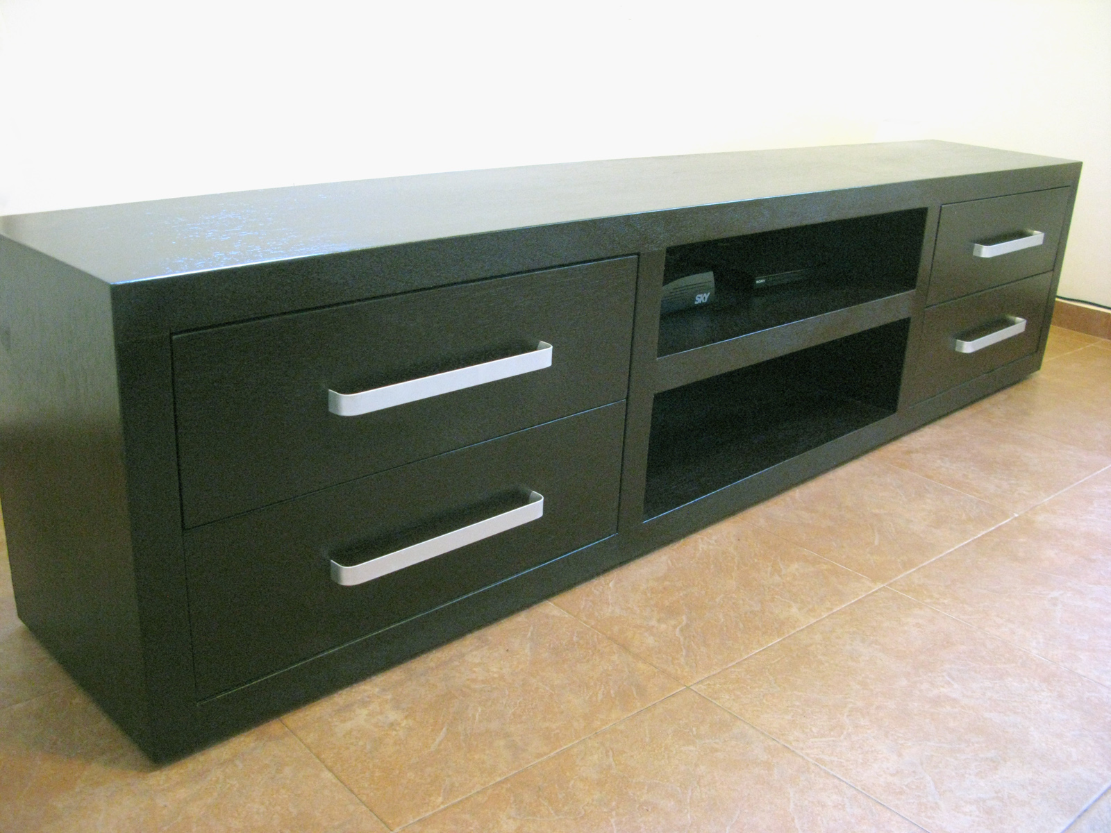 Carpinteros deck mueble para tv x 55 cm x 40 cm for Mueble 70 x 40