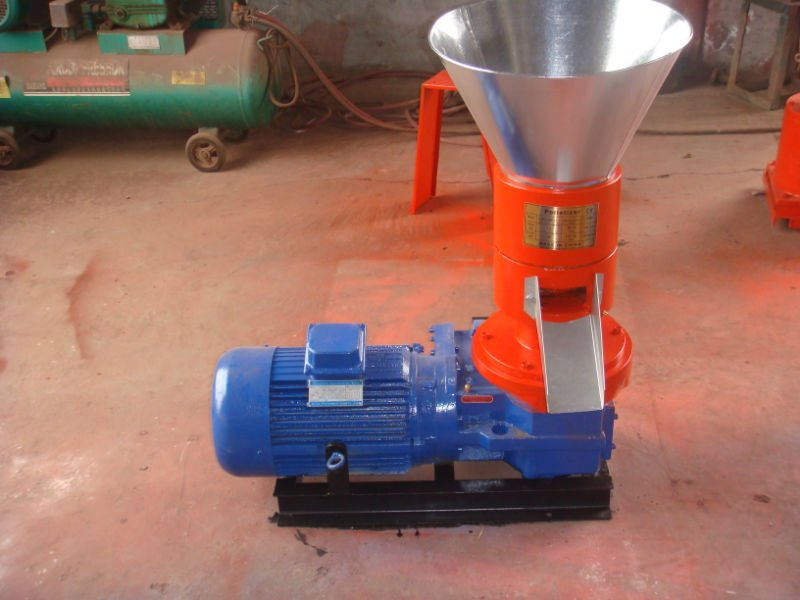 Pellet Machine/Pellet Mill/Pelletizer Machine/Wood Sawdust Pellet Machine/Pellet Press: 2013-07