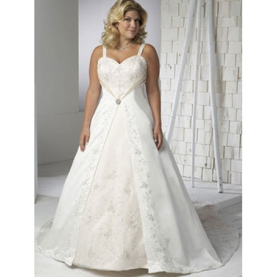 Plus Size Casual Wedding Dresses With Sleeves 105