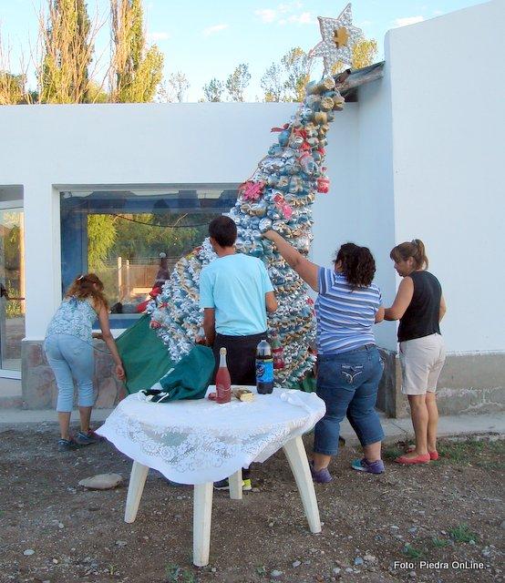Piedra online el b jard n inaugur su rbol de navidad for El jardin online