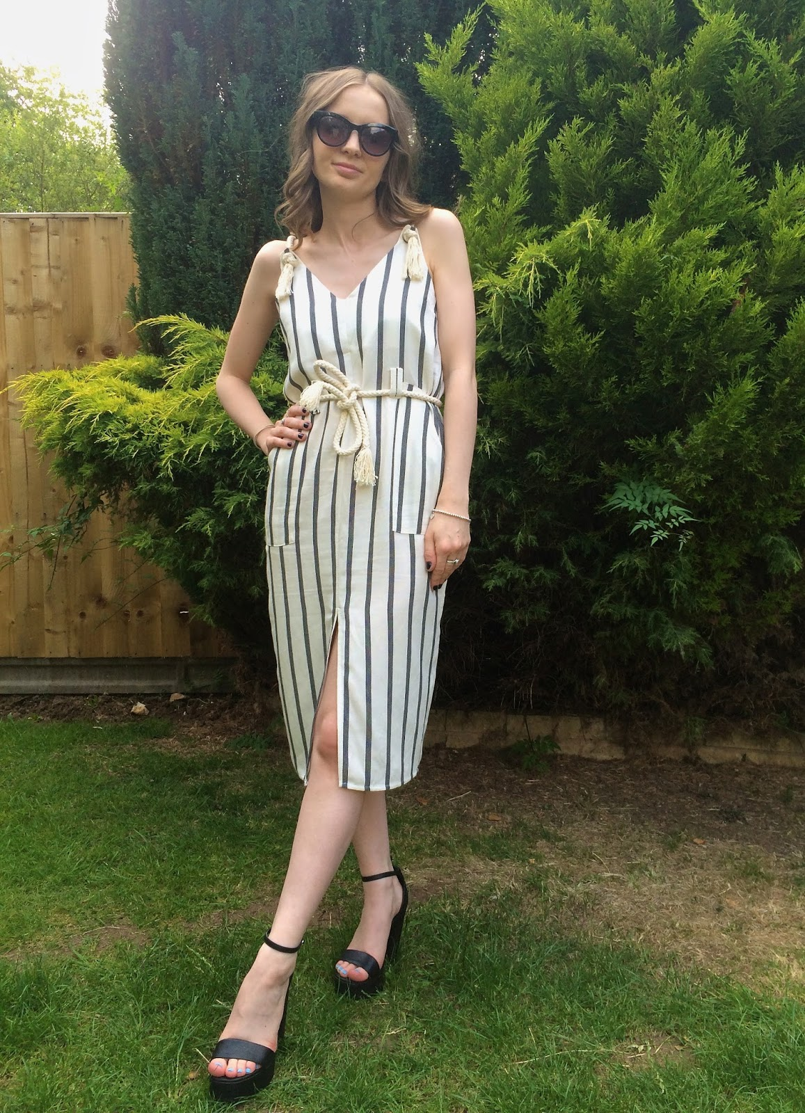 OOTD ASOS Stripe Casual Dress in Natural Fibre with Rope Detail