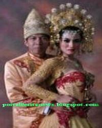 Foto pernikahan kiwil dengan penyanyi dangdut lina marlina