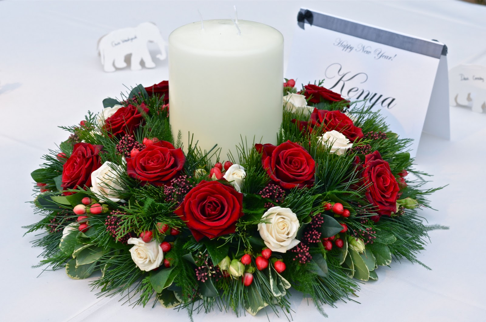 christmas wedding table flowers