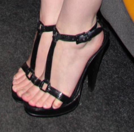 Emma Watson Feet Education Apps