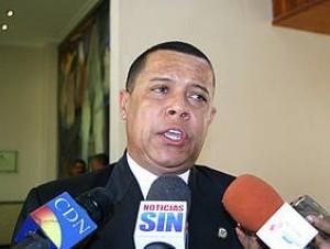 El PRD ratifica a Ruddy González como vocero de diputados