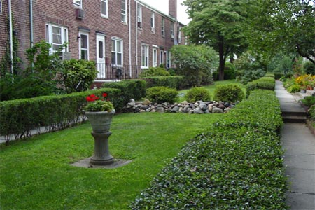 sunnyside gardens in Queens, NY