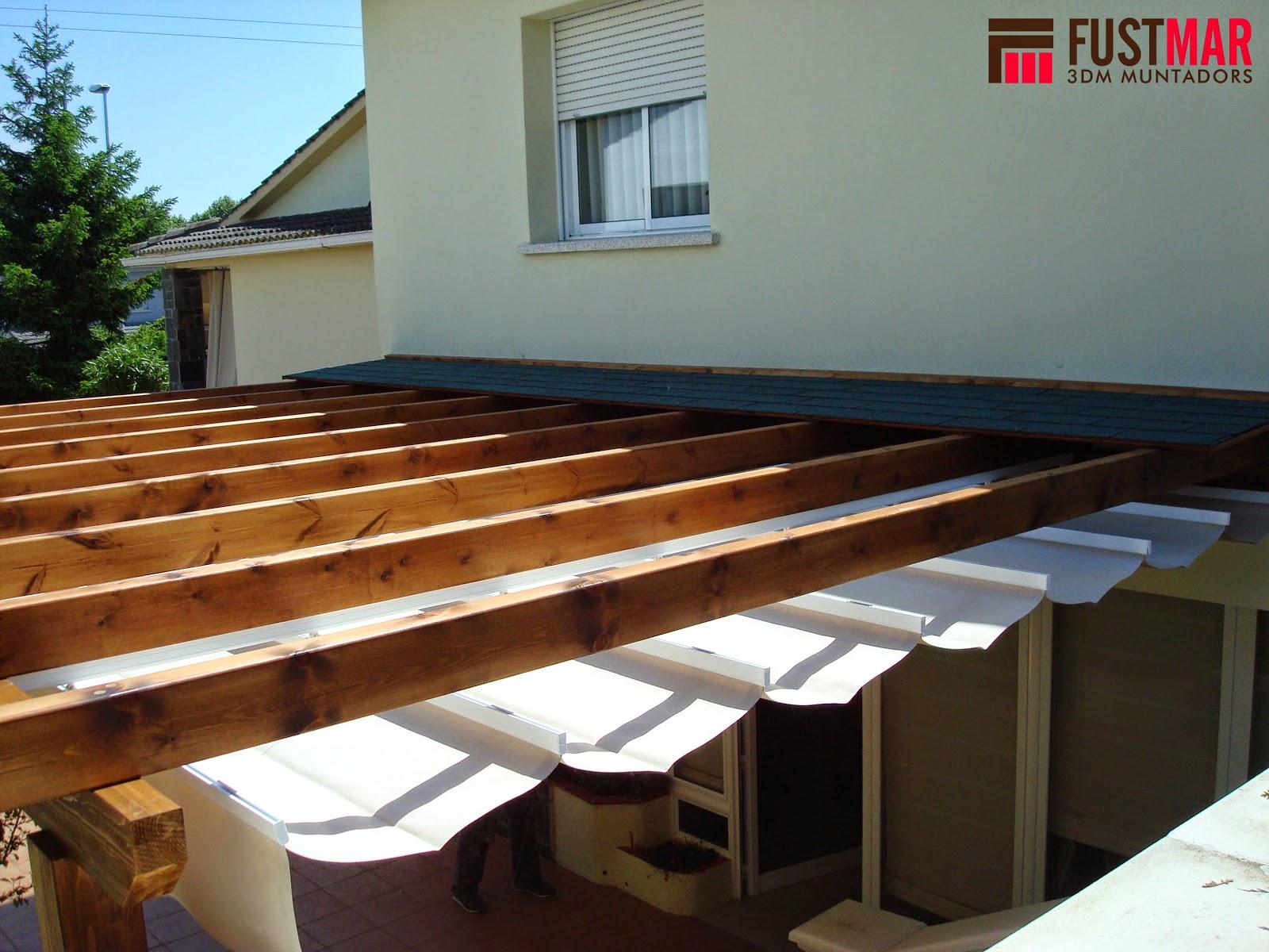 Carpinteria fustmar pergola de madera acabada con toldo for Toldos madera para terrazas