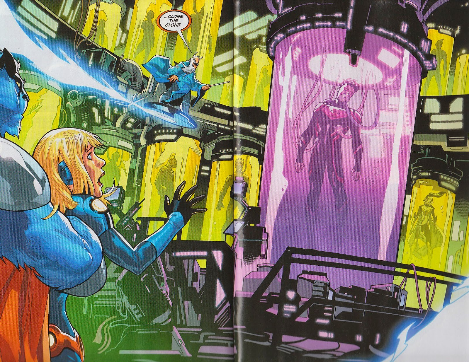 Supergirl Comic Box Commentary February 2015 Kal Bone Defense 90s I Love The Subtle Changes We Have Seen In Her Costume Which Improved It Tremendously And Having An Armor For Is A Nice