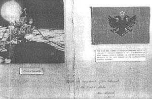 La bandiera albanese sulla Luna nel 1971 portata dall'astronauta di origine albanese