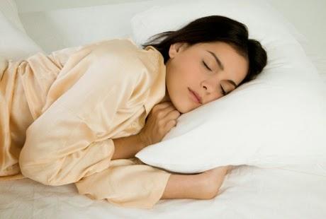 Ternyata Wanita Butuh Waktu Tidur Lebih Lama