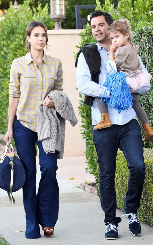 jessica alba pregnant with baby 2. are pregnant with aby #2!