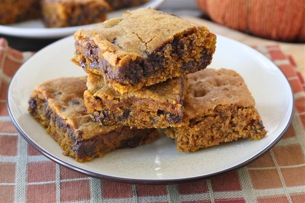 Pumpkin Chocolate Chip Bars ~ Delicious Food Recipes