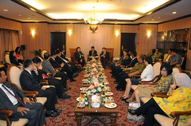 Pimpinan Partai-Partai Negara Sahabat Temui Ketua DPR