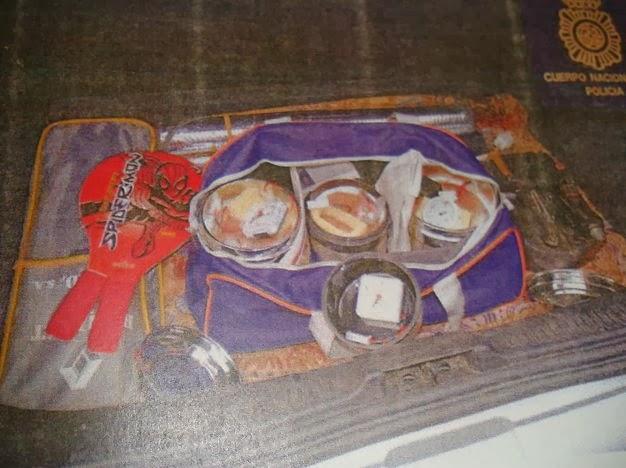 Explosivos que portaba Eduardo Vigo Domínguez en el momento de su detención.