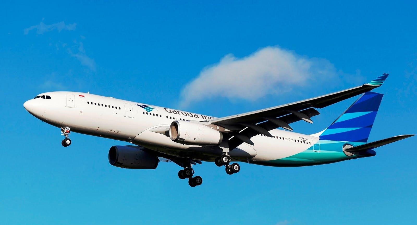 http://4.bp.blogspot.com/-NEjquZ1Uxgc/TjiA1XEg5-I/AAAAAAAAGJg/nLNT39lue_8/s1600/airbus_a330_200_garuda_indonesia_87658_aircraft-wallpaper.jpg