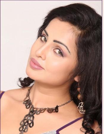 Bollywood Actress World (Original): Hot Actress Hasika