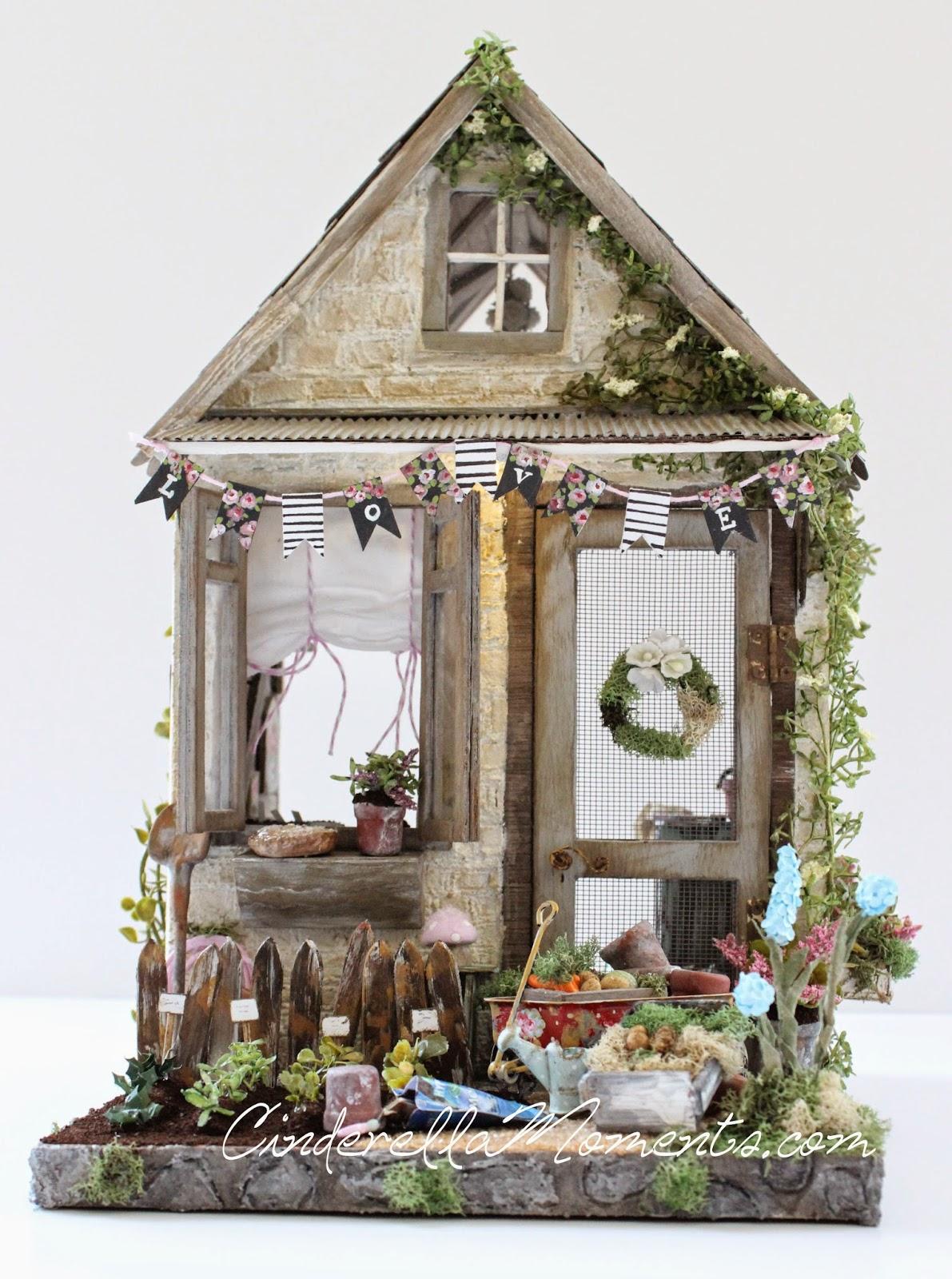 cinderella moments petite maison de jardin custom dollhouse. Black Bedroom Furniture Sets. Home Design Ideas