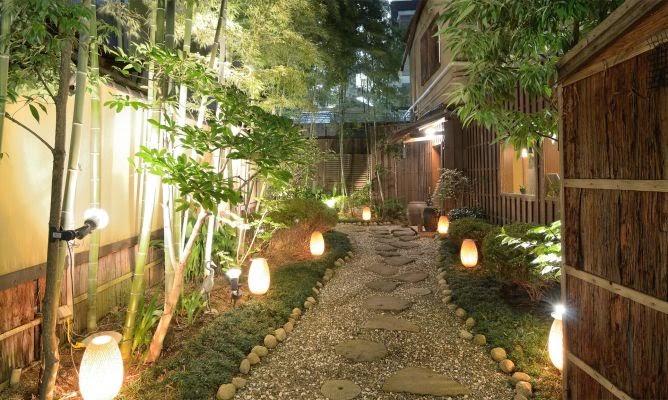 luces led para jardines, cómo iluminar un jardín, luces led baratas jardines, luces led camino jardin