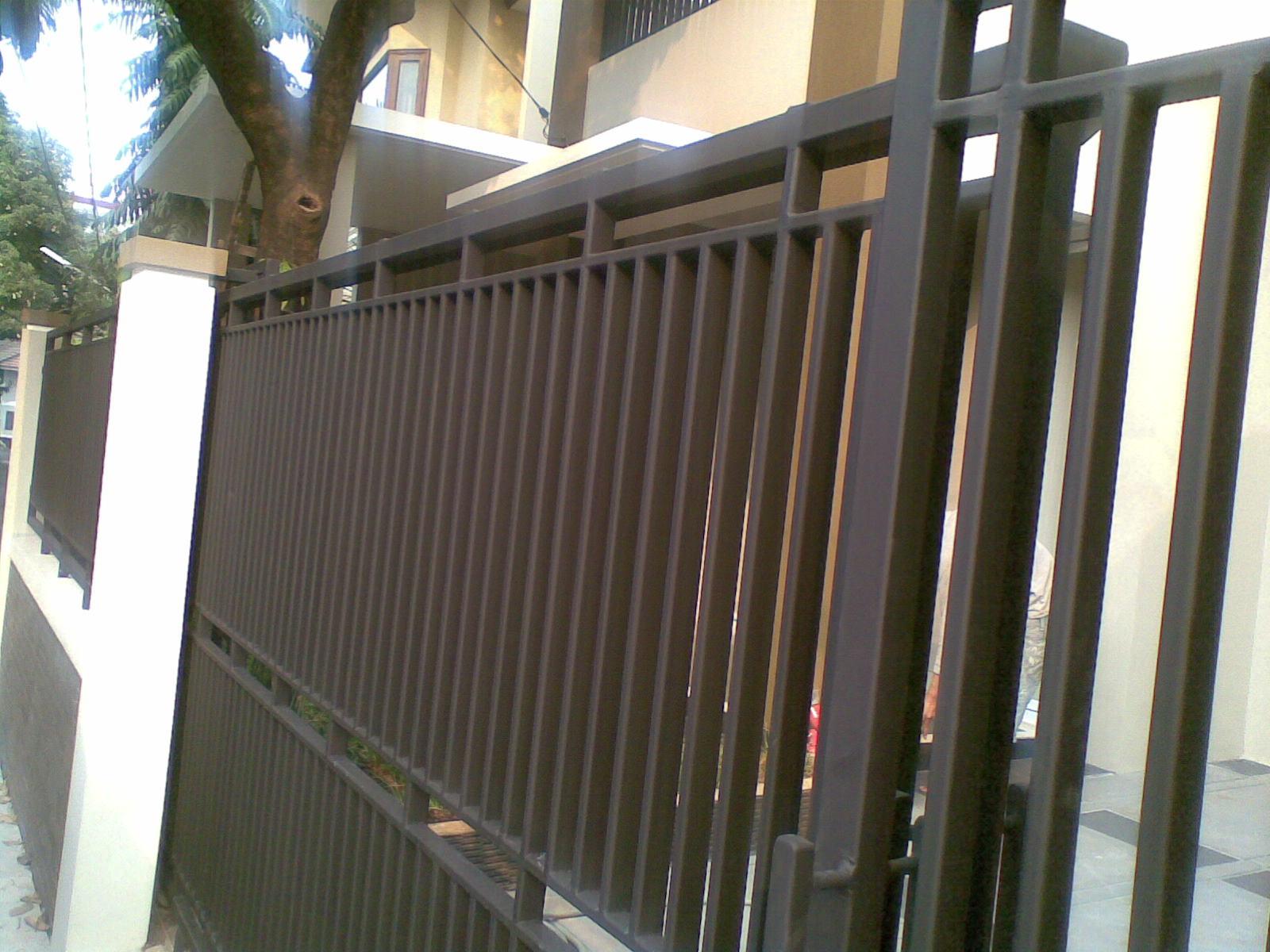 pintu pagar rumah submited images