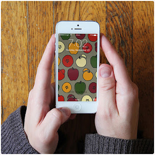 Thanksgiving DIY round-up: Autumn iPhone wallpaper