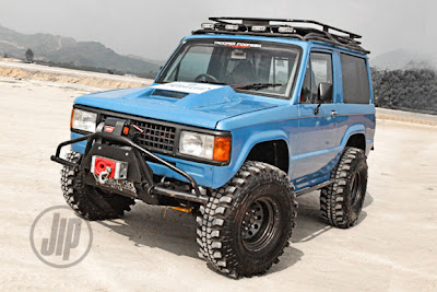 ISUZU+TROOPER+1984-1.jpg