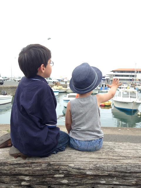 ile d'yeu vacances famille enfant blog tournesol pamplemousse bateaux port