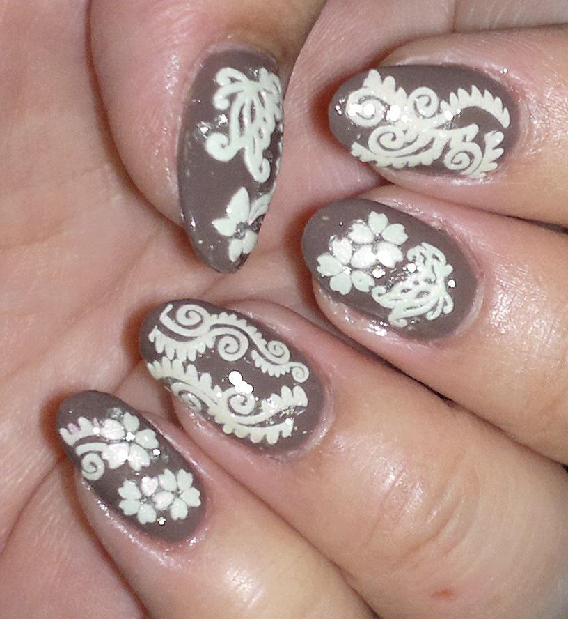 Q Riouser Q Riouser Nail Art: Mille Feuille: Folk Art Nails