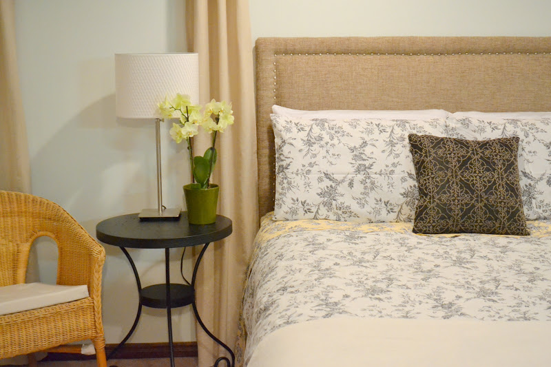 Padded Headboard Queen Diy: Honey Sweet Home  Sprucing a Guest Room with A DIY Upholstered    ,