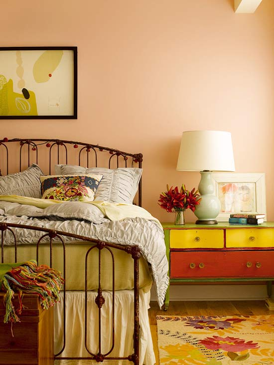 Librarian tells all peachy keen paint for a light and for Peach bedroom decor