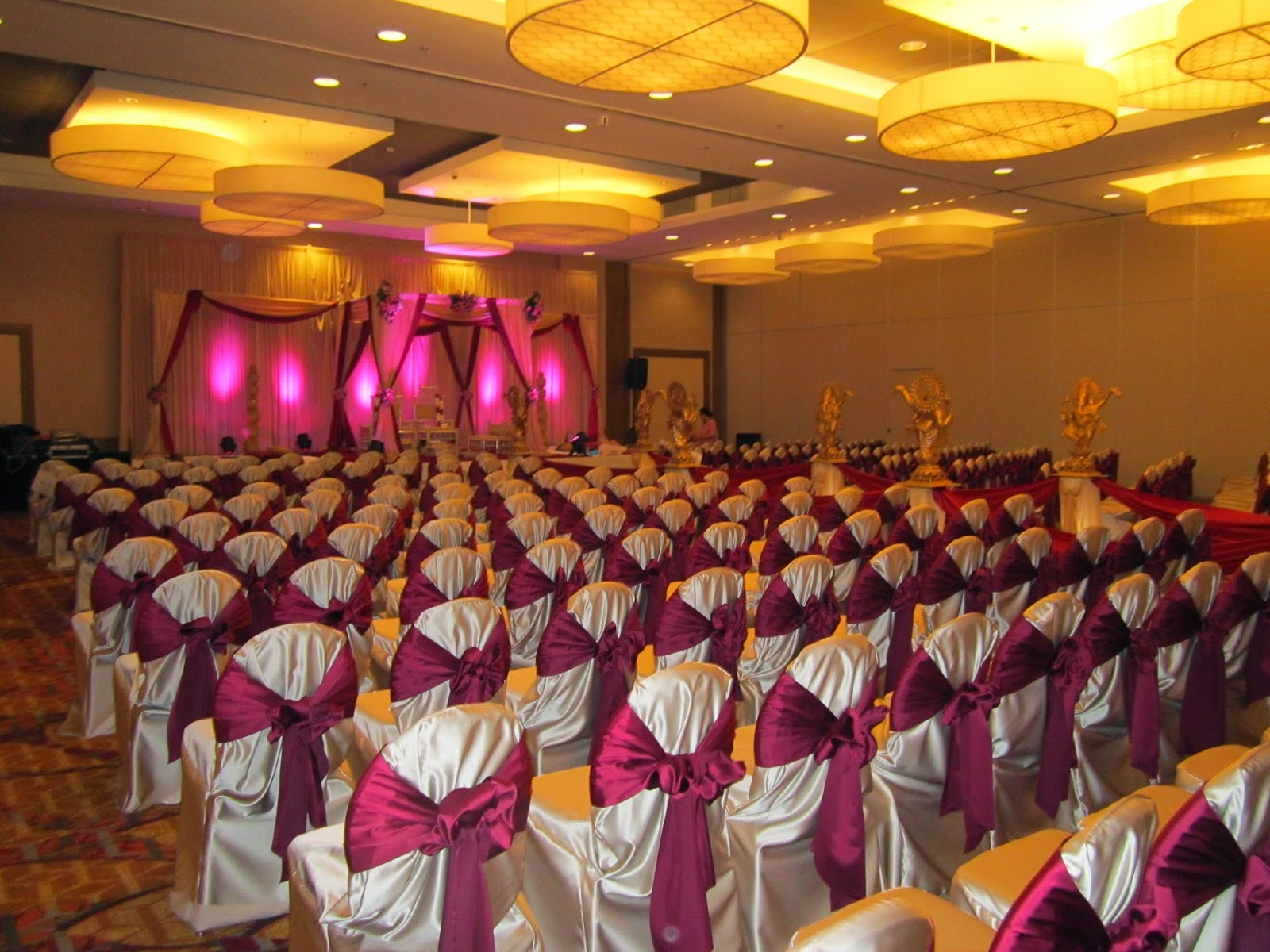 Chicago marriott naperville blog south asian weddings - Burgundy and white wedding decorations ...