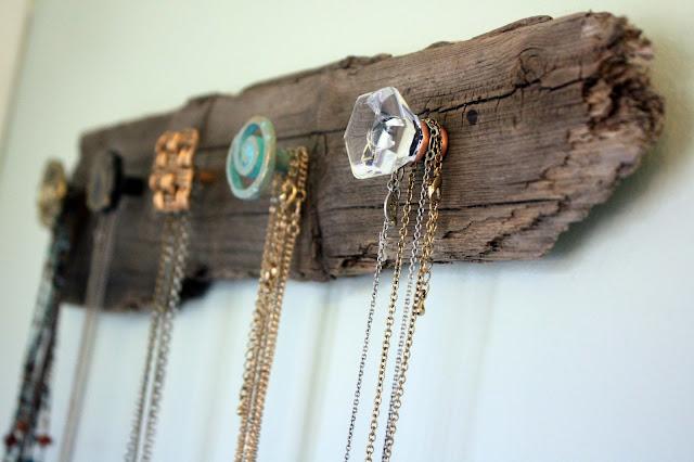 DIY Driftwood Jewelry Storage Ideas