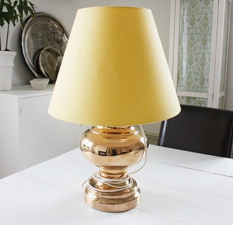 Med en ny skärm och målad fot blir den här lampan som ny igen
