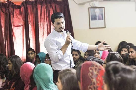 pakistani-blogger