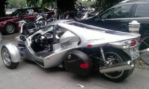 Beginilah Penampakan Campagna T-Rex, Motor atau Mobil?