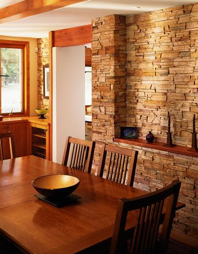 Casa radiatori roma: muri interni in pietra