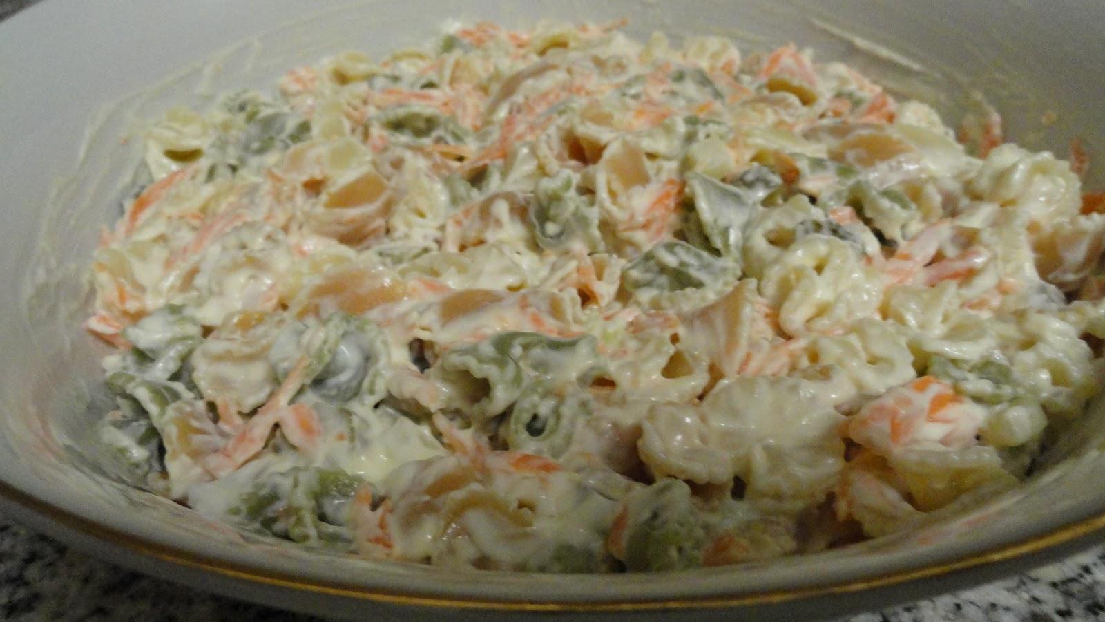 Mari recetas ensalada de pasta - Ensalada de apio y zanahoria ...