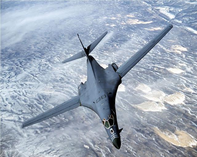 gambar pesawat pembom b 1 lancer gambar pesawat pembom b 1 lancer