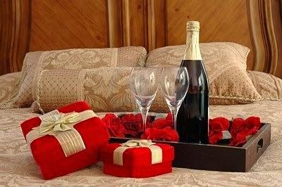 regalos, detalles de amor y amistad