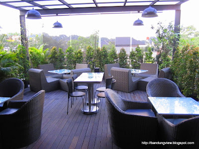 teras outdoor - herb and spice