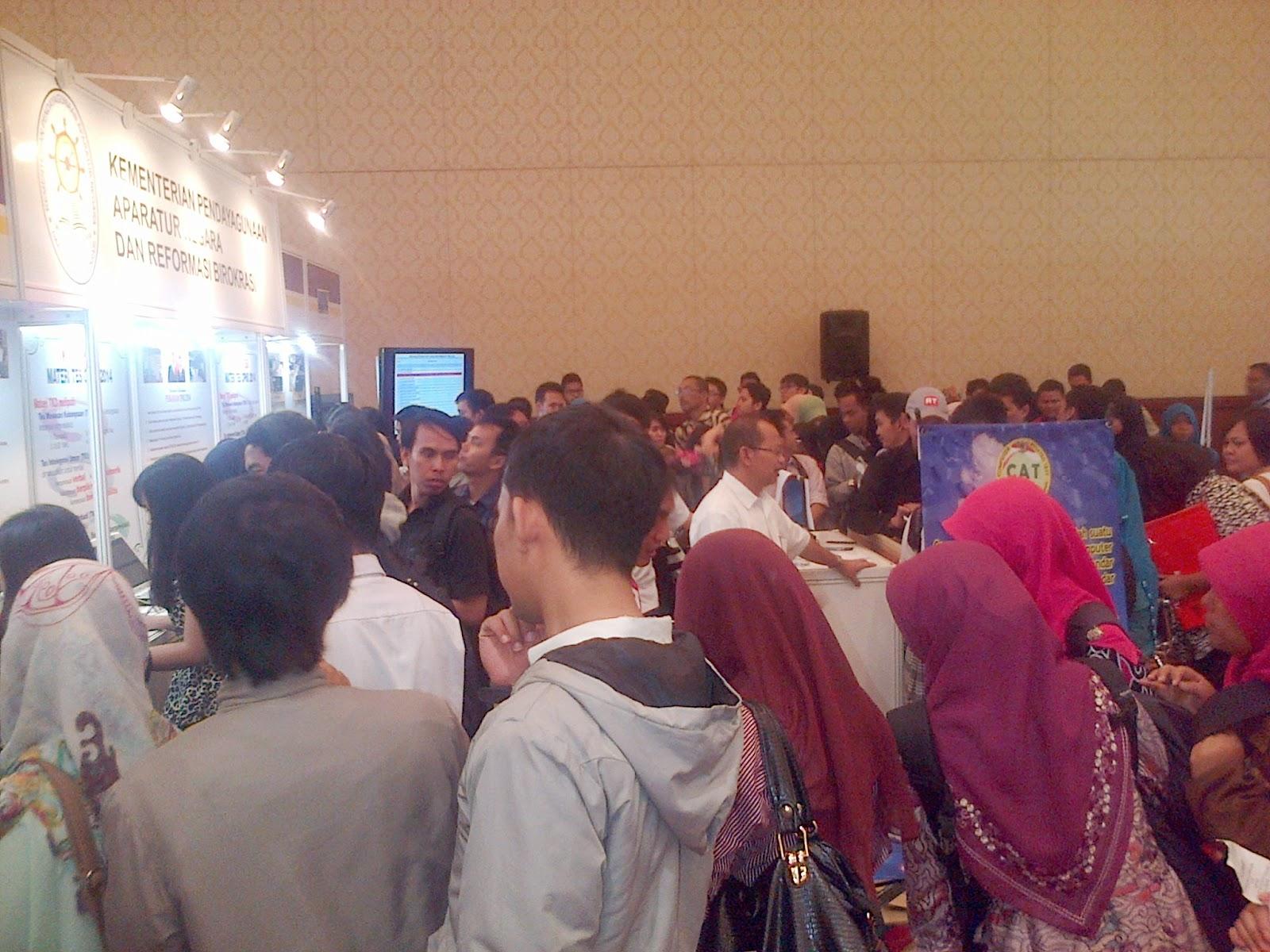 Simulasi CPNS 2014 di Job Fair Senayan City, Rabu, 18 Juni 2014